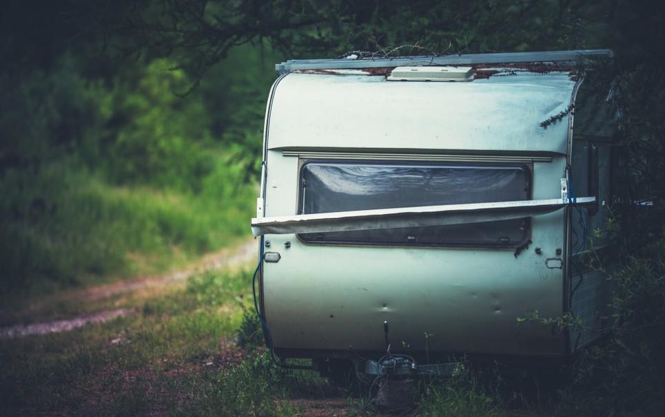 Ein Hagelschaden auf dem Wohnwagen zieht stets einen Wust an Formularkrams nach sich. Unsere Tipps sollen Ihnen helfen, die Schadensregulierung möglichst stressfrei und erfolgreich zu gestalten. (#1)