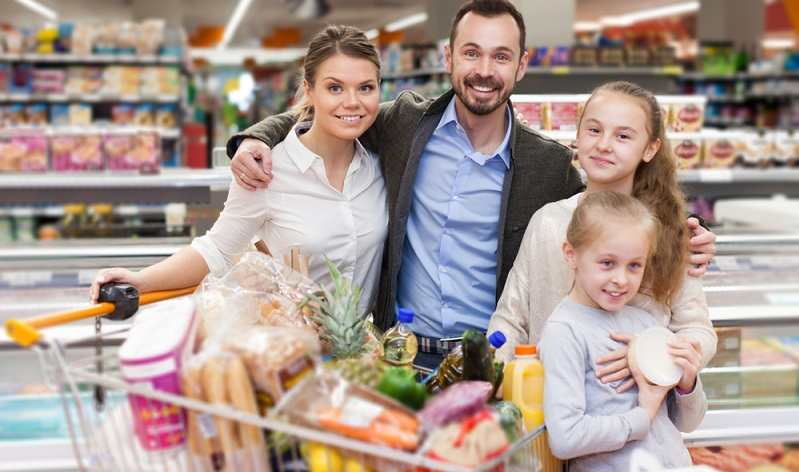 Die Sparquote geht nachweislich seit Jahren zurück. Neben dem veränderten Konsumverhalten gibt es aber auch handfeste Gründe, die nicht gerade zum sparsam leben motivieren.