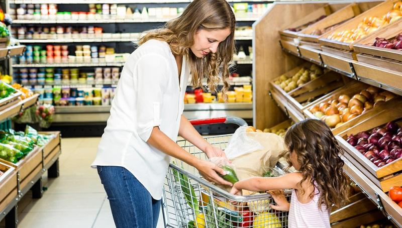 Gerade Lebensmittel schlagen schnell zu Buche und es ist immer wieder erstaunlich, wie hoch der Zahlbetrag an der Kasse ausfällt, obwohl doch nur einige Artikel in den Warenkorb gelegt wurden, die weniger als zwei Euro kosten.