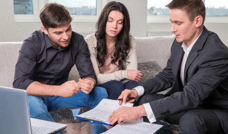 Die Kreditkündigung ist plötzlich ins Haus geflattert? Nach dem ersten Schock stellt sich die Frage nach der Rechtmäßigkeit.