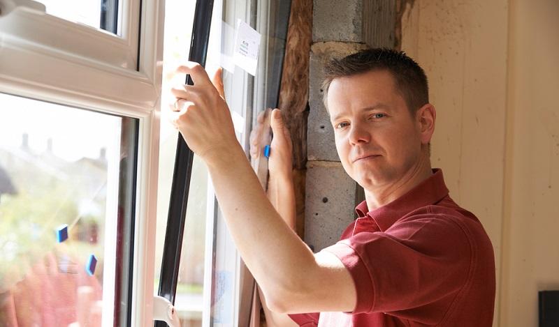 Schon mit wenig Aufwand lässt sich ein KfW-Effizienzhaus 70 oder 85 erreichen. Effektive Sanierungskonzepte setzen an der Heizungsanlage, der Fassadendämmung und den Fenstern an.  ( Foto: Shutterstock- _SpeedKingz )