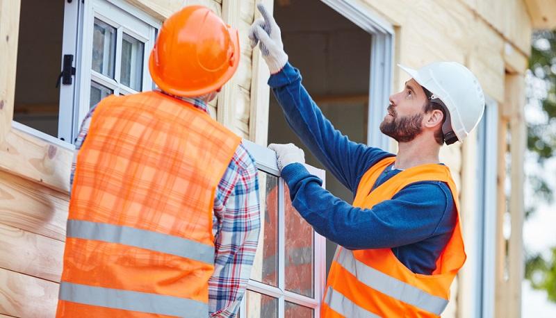Für die KfW-Förderung Fenster ist ein bestimmter U-Wert zu erreichen, um eine Genehmigung zu erzielen. ( Foto: Shutterstock- Robert Kneschke )