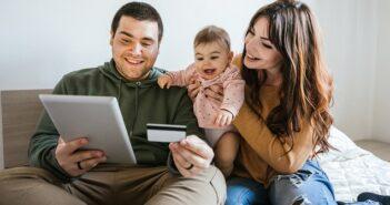 Kredit ohne Schufa: günstige Konditionen im Schnellantrag ( Foto: Shutterstock- loreanto )