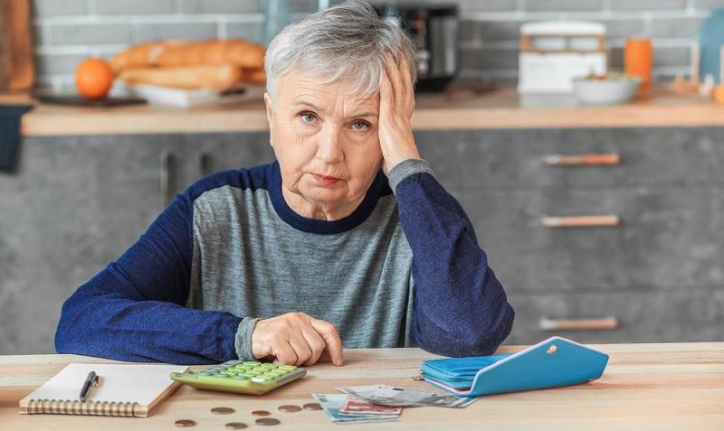 Viele Rentner müssen jeden Euro zweimal umdrehen, andere leben scheinbar im Luxus: Auch hier zeigen sich wieder enorme Unterschiede. Aber wie viel Geld braucht ein Rentner wirklich?  ( Foto: Shutterstock-Pixel-Shot )